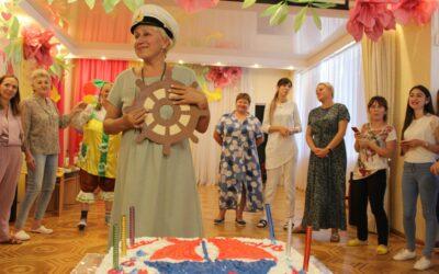 Поздравили с Днем Рождения Светлану Николаевну!